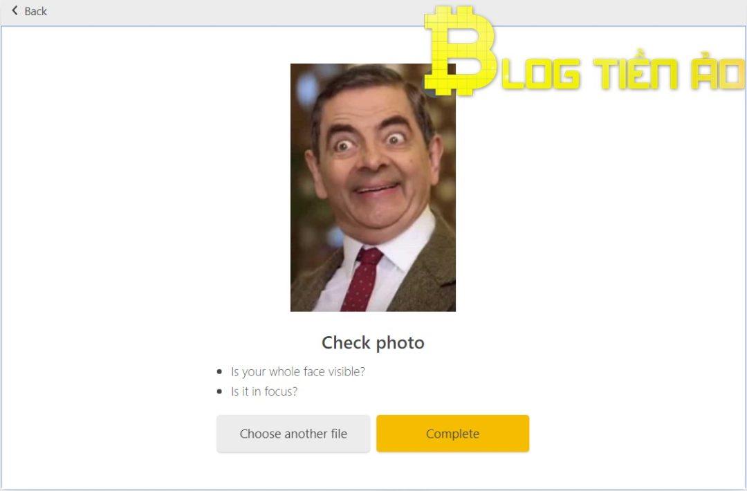 Controlla di nuovo il selfie caricato