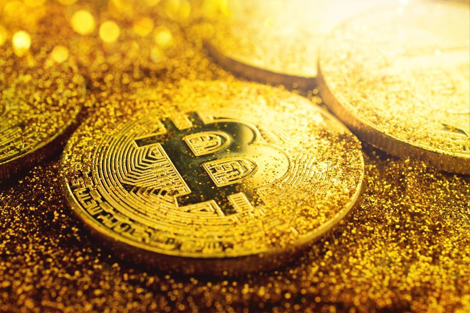 Dữ liệu mới cho thấy Bitcoin và Vàng không tương quan như bạn vẫn nghĩ!
