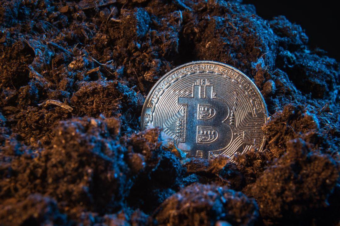 Hashrate bitcoin tăng vọt lên 120 EH/s, cuộc đua mới đang bắt đầu?