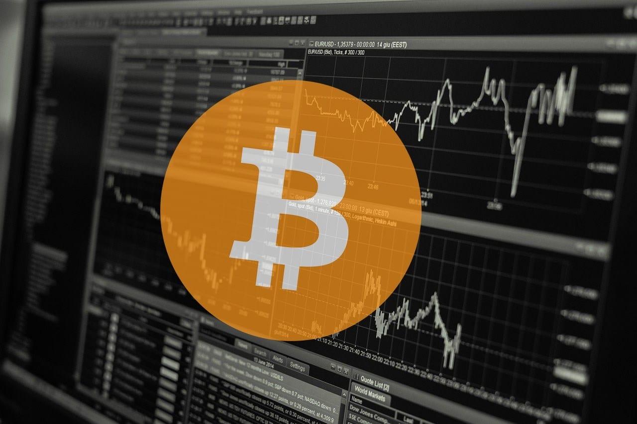 Nhu cầu về đầu tư bitcoin tăng trong ba tháng qua