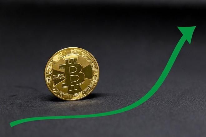 سيكون هناك انخفاض آخر إلى منطقة 7k دولار قبل دخول Bitcoin في الاتجاه الصعودي الرئيسي