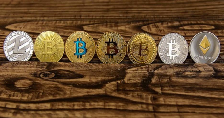 Thị trường altcoin giằng co khi bitcoin chạm sát 12k5