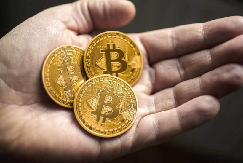 Thay vì gửi ngân hàng, người Mỹ thích đổ tiền vào Bitcoin