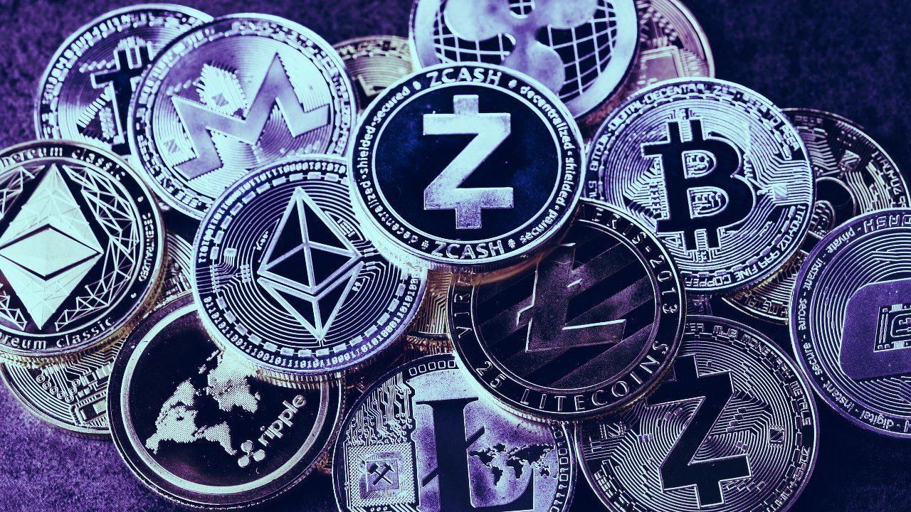 Vẫn tăng dù còn khó khăn, bitcoin và 'những người bạn' tiếp tục trèo đèo