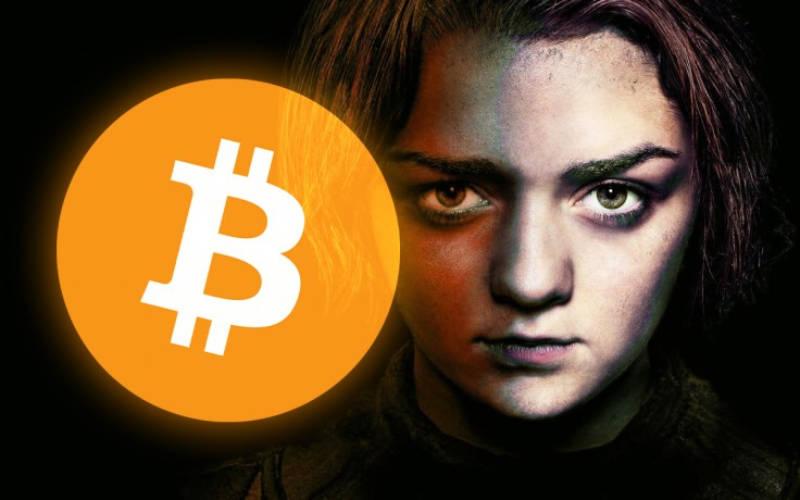 Sao nữ Game of Thrones tweet hỏi về bitcoin và câu trả lời xanh rờn của Elon Musk