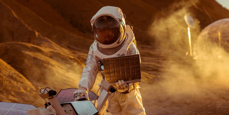"""Ngành tiền điện tử chuẩn bị """"di dân"""" lên sao Hỏa nhờ Elon Musk, chuyện thật hay đùa?"""