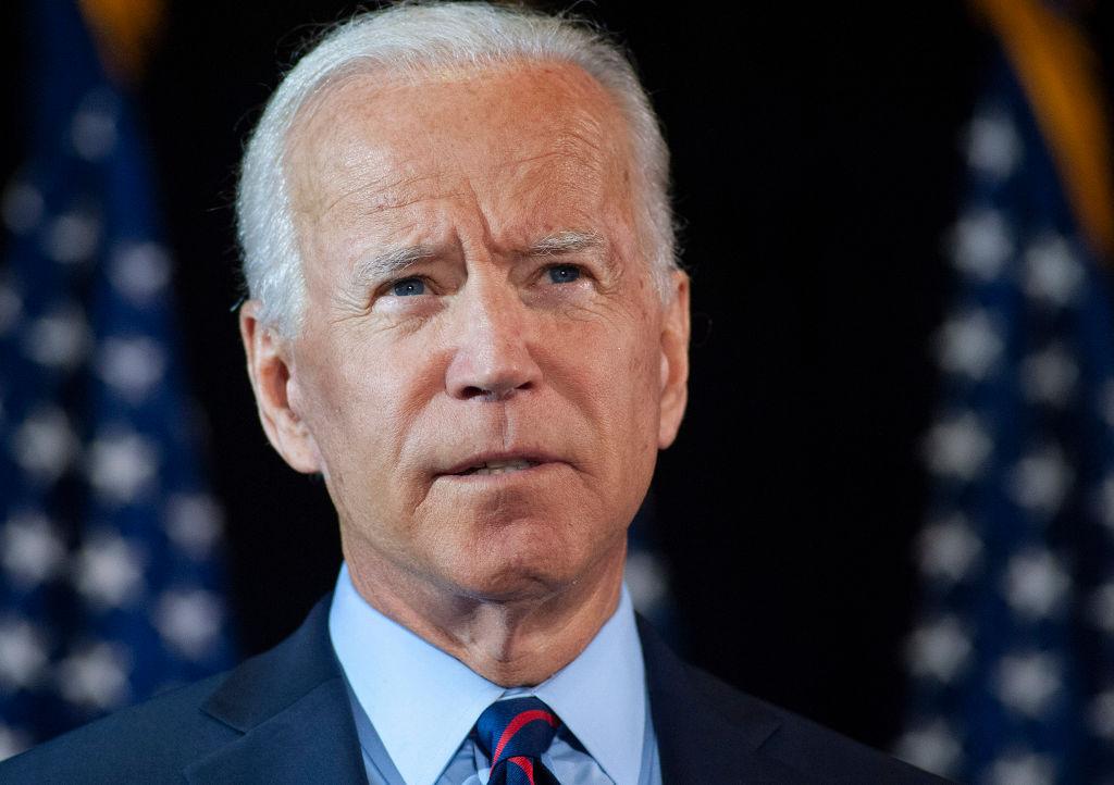 刚上任时,总统拜登(Joe Biden)就是通过加密货币来实现的