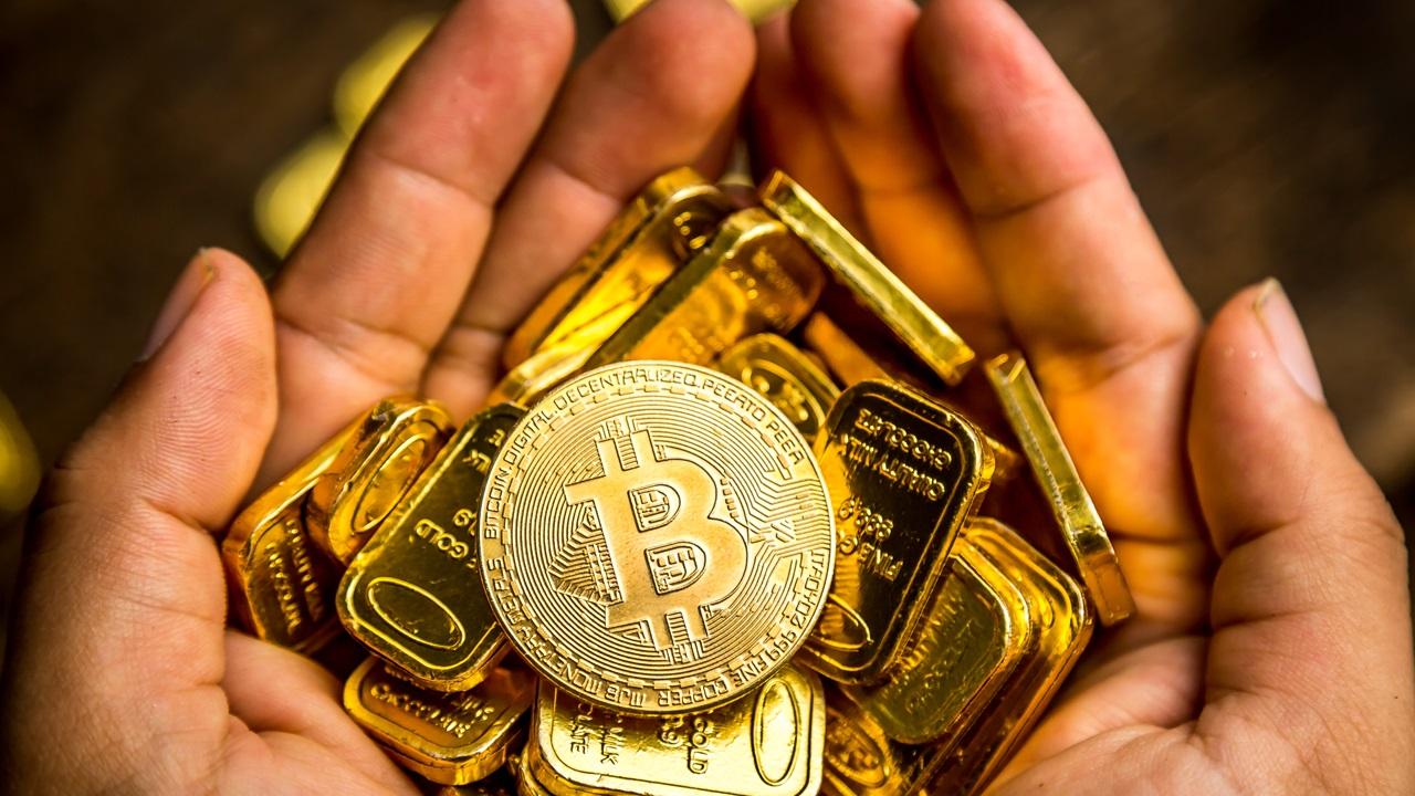 تساوي Bitcoin حاليًا أكثر من شريط ذهب 20 أونصة!