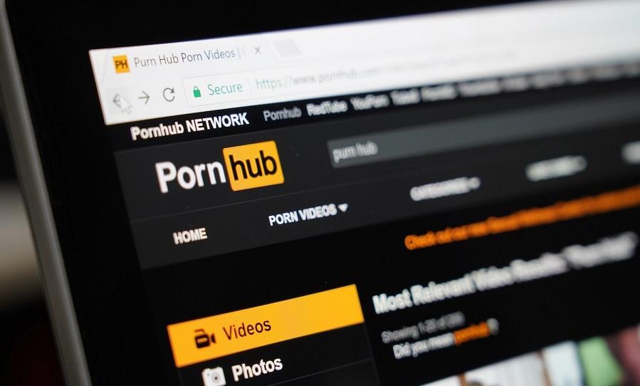 Pornhub agrega XRP, BNB, USDC y DOGE a la opción de pago