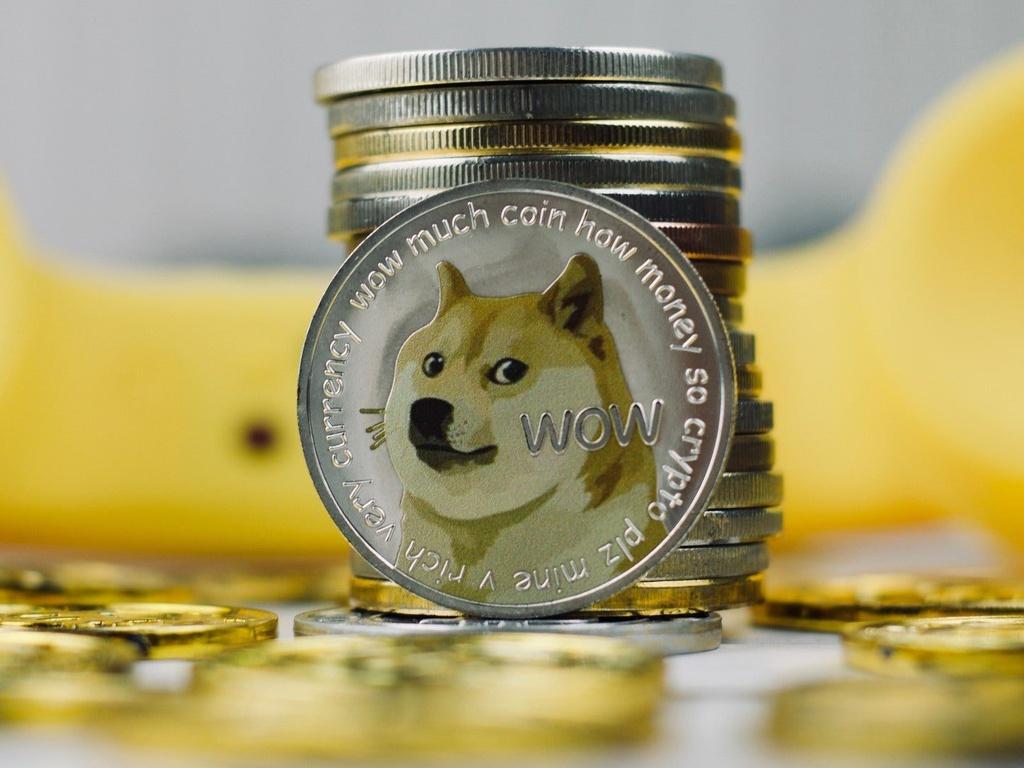 Một nhà đầu tư Việt mất 5 triệu Dogecoin