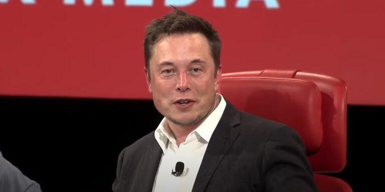 Elon Musk từ chối 69 triệu USD cho NFT của mình, thay vào đó yêu cầu 420 triệu DOGE
