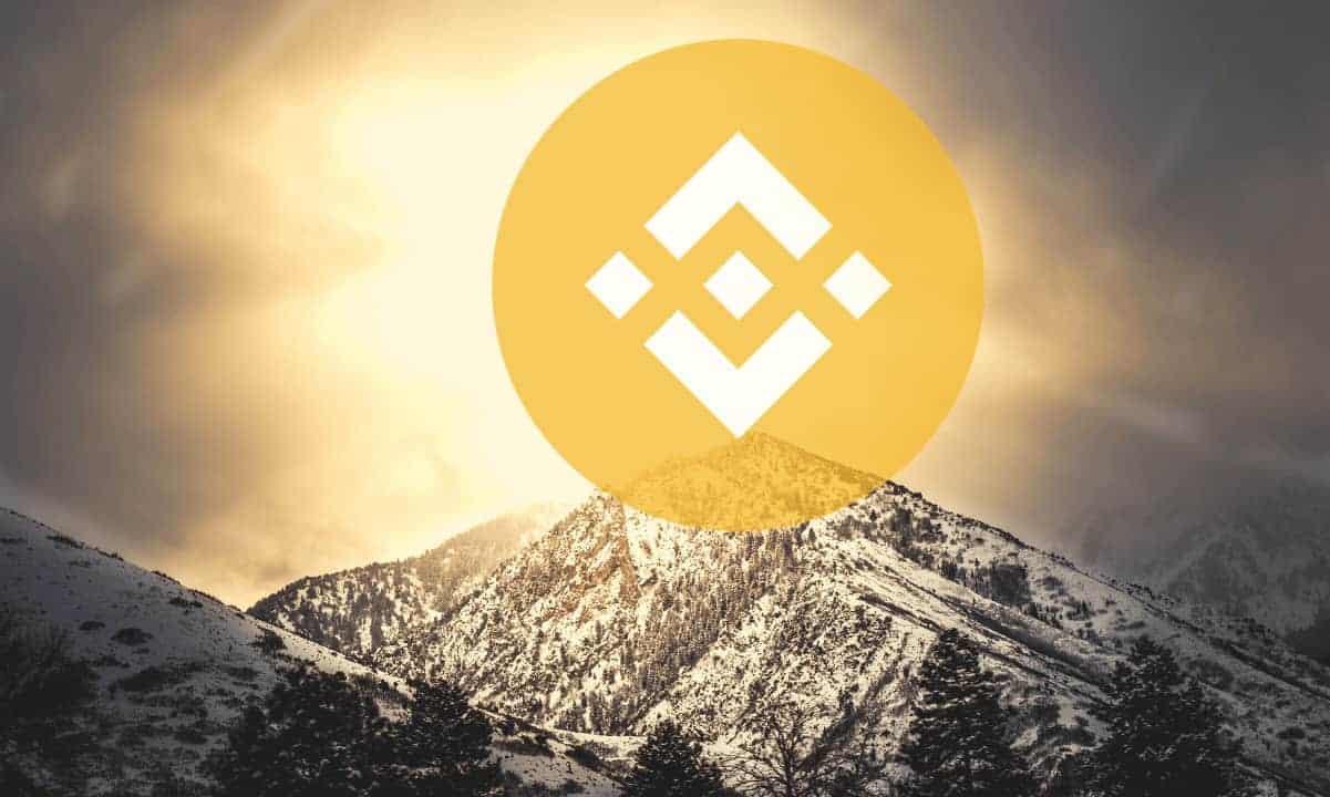 Binance Coin lập đỉnh mới, Bitcoin còn cách đỉnh chưa tới 4%
