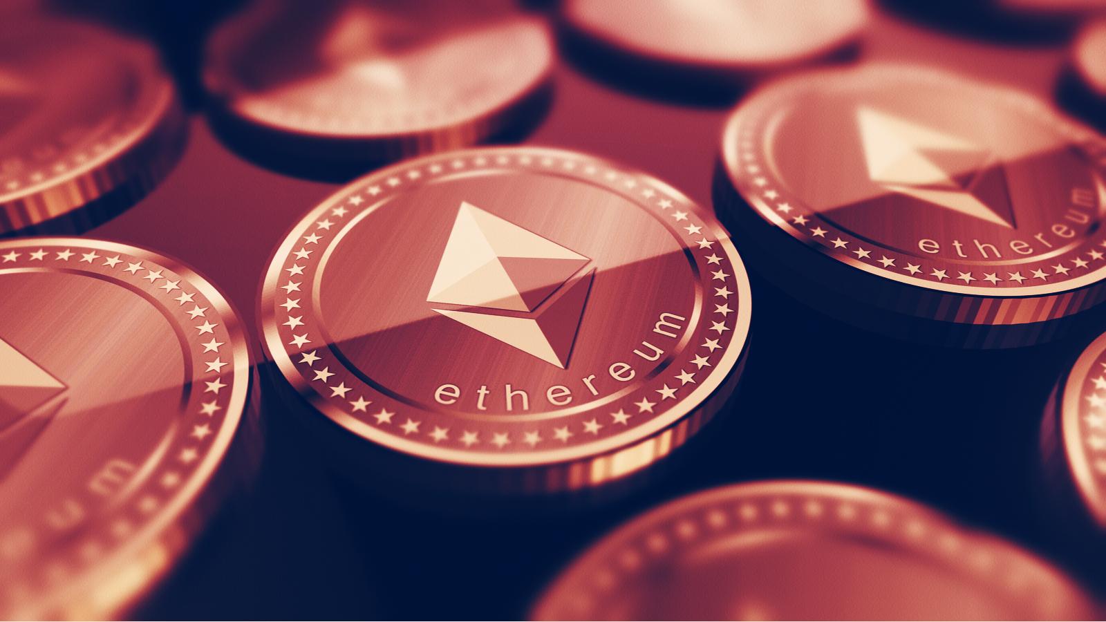 ETH-saldi op beurzen bereikten een dieptepunt in 20 maanden, aangezien Ethereum boven de $ 2K bleef