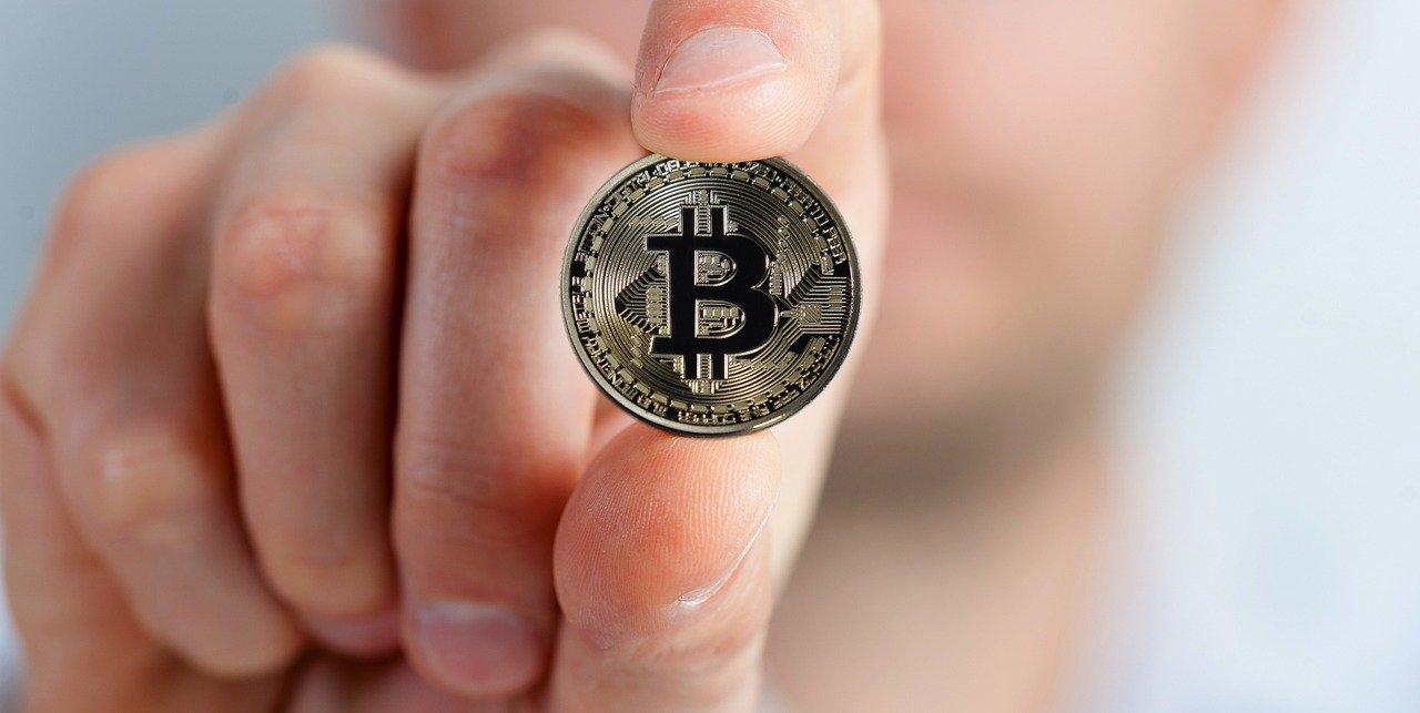 John Paulson: Tiền điện tử có giá trị trong ngắn hạn, nhưng dài hạn thì không