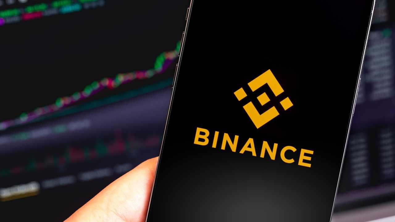 Binance ra mắt quỹ 1 tỷ USD hỗ trợ Binance Smart Chain